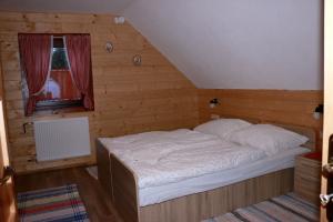 II. izba podkrovie